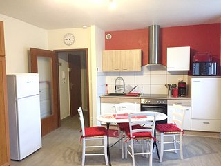 Cosy studio in the center of Niederbronn-les-Bains with Parking, Internet, Washi