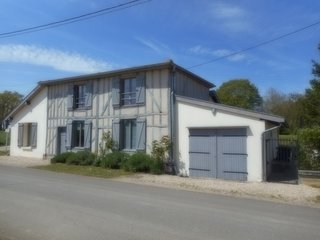 Spacious house in the center of Giffaumont-Champaubert with Parking, Washing mac