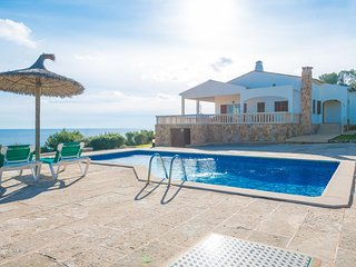 Spacious villa in Santanyí with Parking, Washing machine, Pool