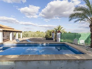 Spacious house in Palma del Río with Parking, Internet, Washing machine, Air con