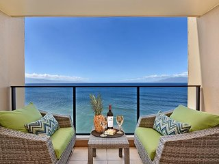 Mahana 1113  New Studio Listing! Breathtaking Oceanfront Views Greet you!