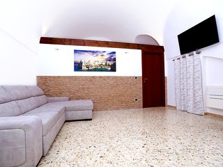 Cozy house in the center of Polignano A Mare with Parking, Internet, Washing mac
