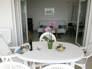 Spacious apartment in the center of Crikvenica with Parking, Internet, Air condi