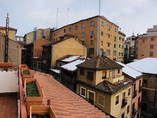 Spacious apartment in the center of Segovia with Internet, Washing machine