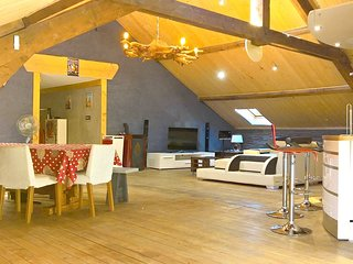 Spacious apartment in the center of Gerardmer with Parking, Internet, Washing ma