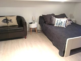 Cosy studio in the center of Aix-les-Bains with Parking, Internet, Washing machi