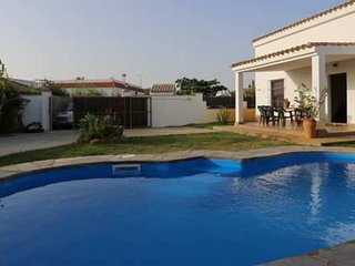 Spacious villa in Conil de la Frontera with Parking, Internet, Washing machine,