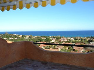 Spacious apartment in the center of Costa Rei with Parking, Washing machine, Air