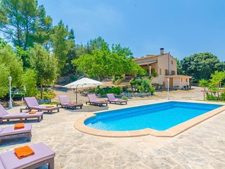 Spacious villa in Porreres with Parking, Internet, Washing machine, Air conditio