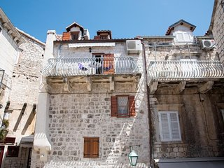 Cosy studio in the center of Hvar with Internet, Air conditioning, Balcony