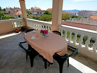Cozy apartment in Zadar with Parking, Internet, Air conditioning, Balcony