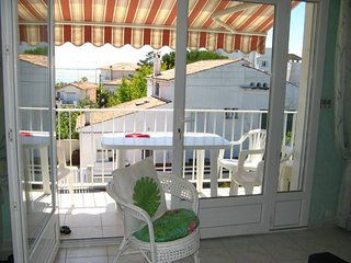 Spacious house close to the center of Royan with Parking, Washing machine, Air c