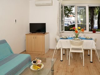 Cozy apartment in the center of Split with Parking, Internet, Washing machine, A