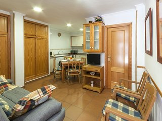 Cozy apartment a short walk away (58 m) from the 'Playa Pau Pi' in Oliva with Wa