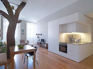 Spacious apartment in the center of Porto with Lift, Internet, Air conditioning