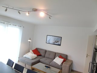 Cozy house in St-Malo with Parking, Internet, Washing machine, Balcony