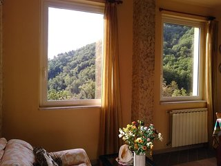 Cozy country house in La Spezia with Washing machine