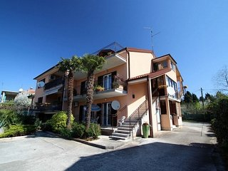 Cozy apartment in the center of Umag with Parking, Washing machine, Air conditio