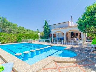 Spacious villa in Sa Rapita with Parking, Internet, Washing machine, Air conditi