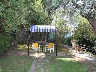 Spacious villa in the center of Imperia with Parking, Internet, Washing machine,