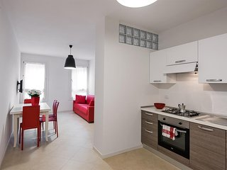 Spacious apartment in the center of Verona with Lift, Parking, Internet, Washing