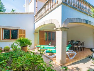 Spacious house in Portopetro with Washing machine, Terrace