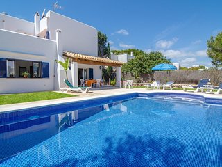 Spacious villa in Santanyi with Parking, Internet, Washing machine, Pool