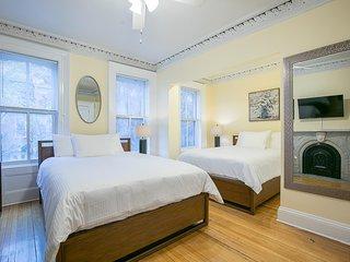 Sleeps 6 - 1 Bedroom 1 Bath 124 -2  7 Minutes to NYC