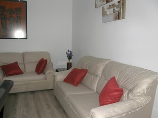 Spacious apartment in Zaragoza with Lift, Internet, Washing machine, Air conditi