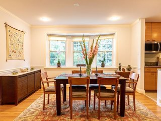 Updated bright & open family home NW DC