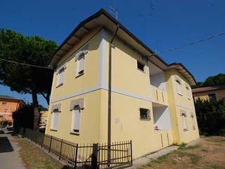 2 bedroom Apartment in Rosolina Mare, Veneto, Italy : ref 5537750