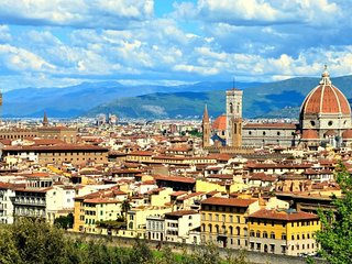 BREATHTAKING 360° VIEWS OF FLORENCE-LUXURY 5BR WITH A PRIVATE TERRACE