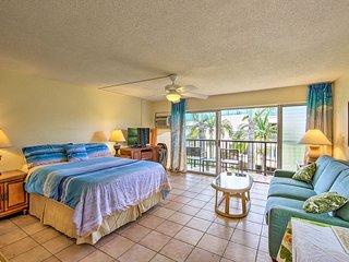 NEW! Breezy Kauai Studio w/Pool - Walk to Beach!