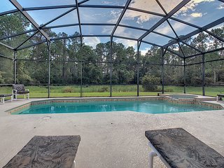 Gated, Private Villa with pool, 10min from Disney