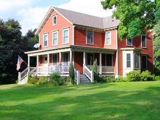 Gorgeous Colonial  Home Historic Sir Isaac Brown House (circa 1870)