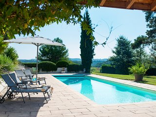 Lalanne-Trie Villa Sleeps 8 with Pool - 5049469