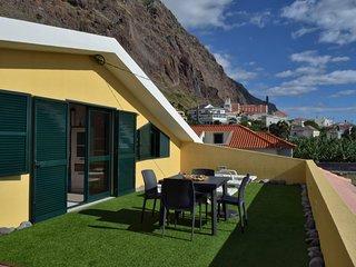 Cantinho da Micas, a Home in Madeira