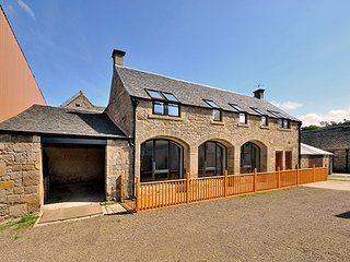 The Arches- Luxury Accommodation for 6 people near Edinburgh