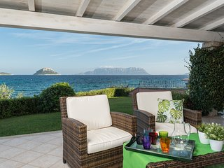 S'abba e sa pedra - Stunning 4 bedrooms on the sea - Apartments for Rent in Golf