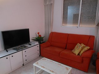 Cozy apartment very close to the centre of Torrevieja with Lift, Internet, Washi