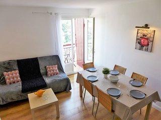 2 bedroom Apartment in Sainte-Barbe, Nouvelle-Aquitaine, France : ref 5544281