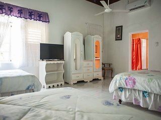 Triple Room at  Diamond Villa & Suites
