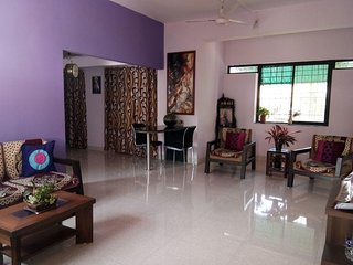 Airy 2BHK, Close to Airport & BITS