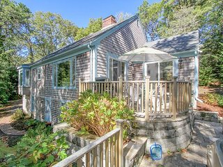 Wooded 3BR, 2BA Chatham Home on the Monomoy with Hot Tub