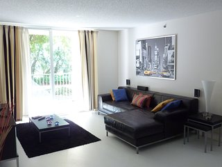 2 Bedrooms/ 2 Bathrooms / Perfect Apartment