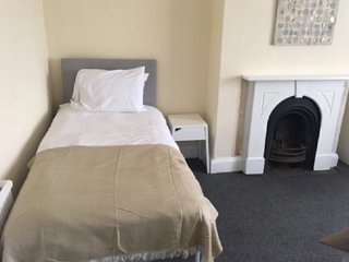 Infinity Apartments Townshend Sleeps 8