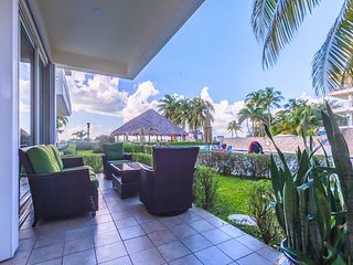 Ixchel - Ground Floor One Bedroom Suite 2108