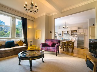 Edinburgh Castle Duplex