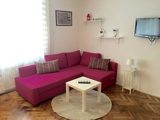 Cozy apartment in the center of Zagreb with Lift, Internet