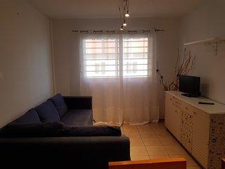 Apartament San Isidro, 5 min Airport. 3 hab